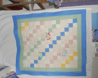 PLAYFUL PUPPIES baby quilt