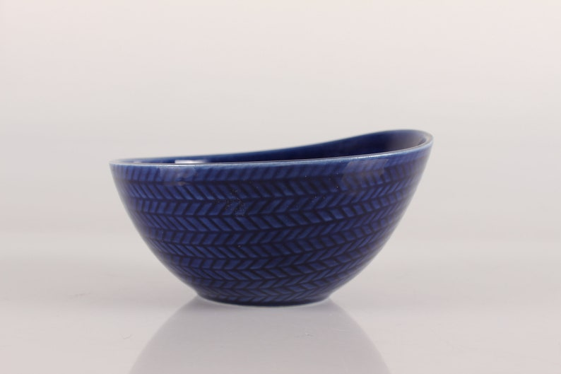 R\u00f6rstrand Sweden - Blue Bowls Bl\u00e5 Eld Swedish Design Mid Century Modern Blue Fire Hertha Bengtsson