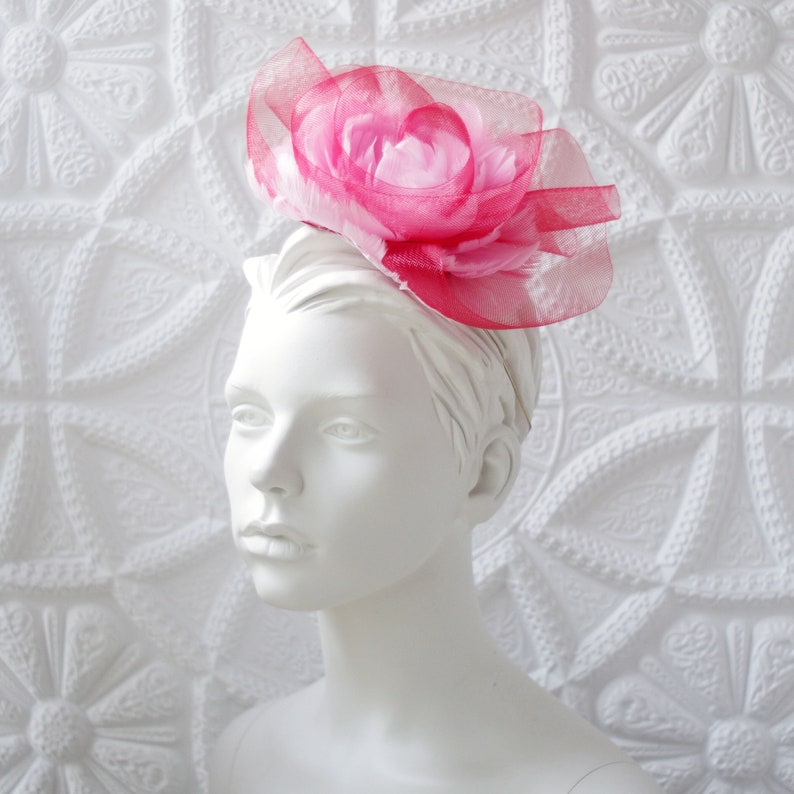 feffe7a7b8596 Red Rose fascinator, Feather fascinator, Ascot headpiece, Couture hat,  Derby fascinator, Tea party hat, Flower hair comb, Ladies hats
