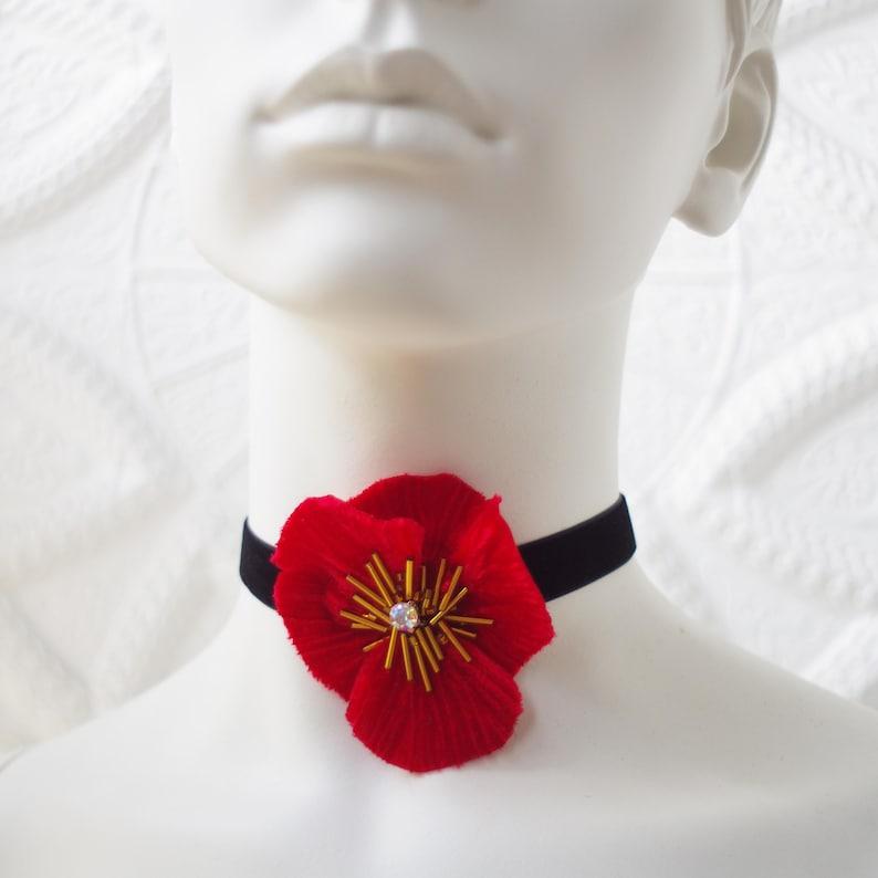 Gift for her Flower pendant Wedding choker Red silk flower Red choker Silk flower choker Flower choker Couture flower Velvet choker