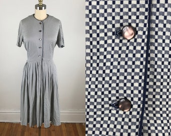 50bb937ae0b 1950s shirt dress    Plad circle skirt dress    Large