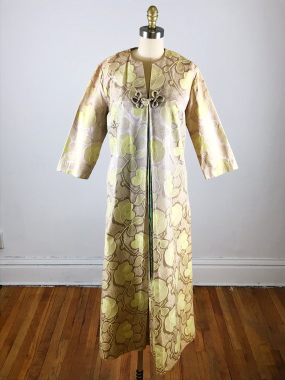 1960s house dress // gold floral fifth avenue hou… - image 2