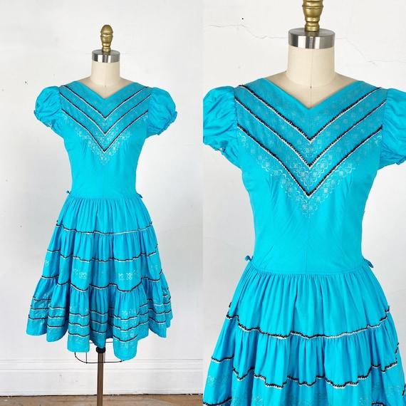 1950s dress // turquoise patio dress // fiesta dre