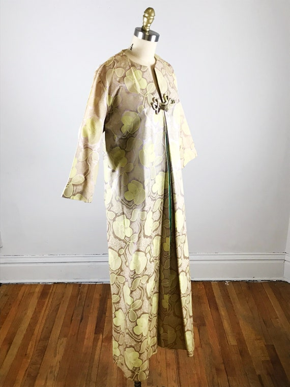 1960s house dress // gold floral fifth avenue hou… - image 5