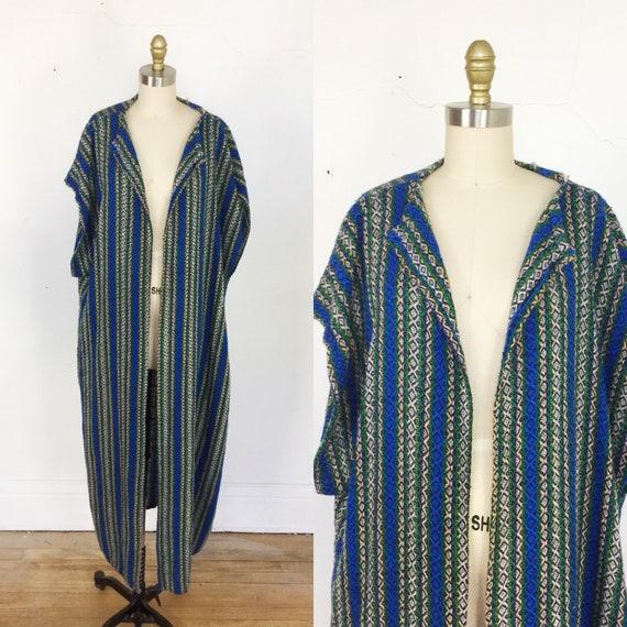 1970s poncho // tribal print long poncho