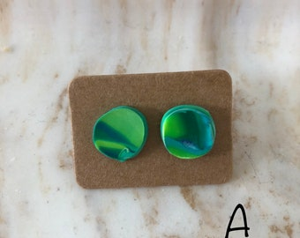 Sea grass marbled earring