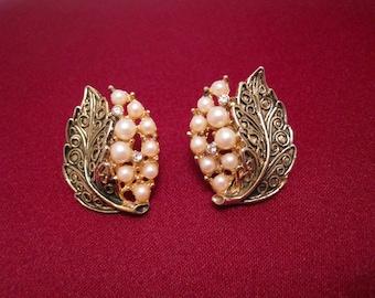 Vtg Flashed Gold  JJ Signed Pierced Godess Earrings 1 14x1