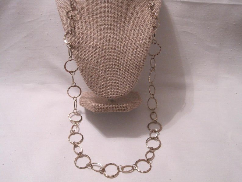 Gold Tone HammeredWaved on Edges Modernist Linked Rings Chain Long Necklace.