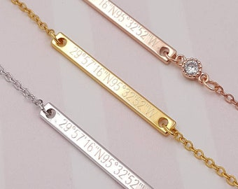 Personalized Coordinate Curved Bar Necklace With Cubic Etsy