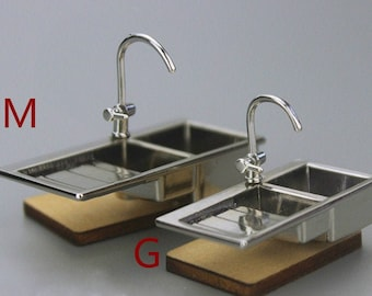 PORCELAIN  KITCHEN SINK SILVER FIXTURES FOR YOUR DOLL HOUSE