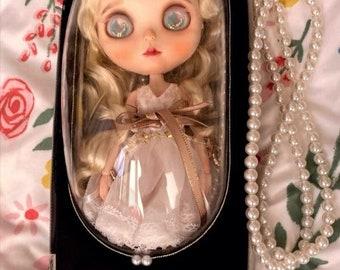 Capsule Carrier Travel Bag with Shoulder Strap for Dolls