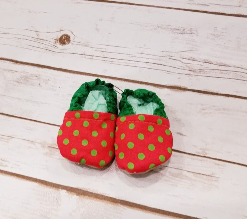 d30dd9a9a7dd8 Christmas Baby Booties, Holiday Baby Booties, Red Baby Shoes, Green Baby  Shoes, Baby crib shoes, Baby Moccs, baby shoes, baby booties