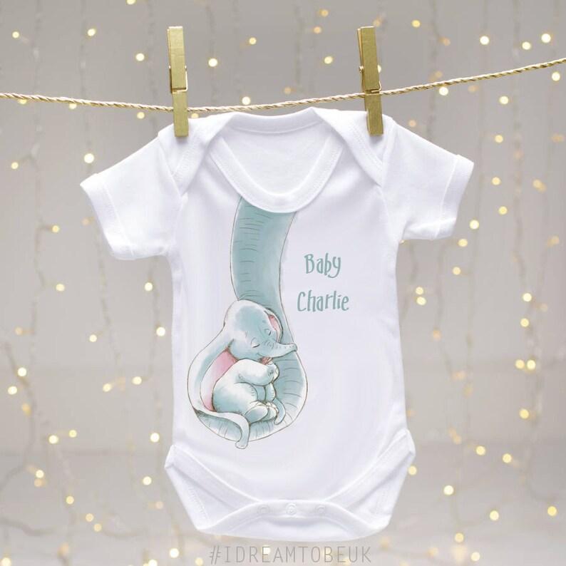e6aec3cf193ea Personnalisé bébé éléphant barboteuse cadeau Dumbo nouveau