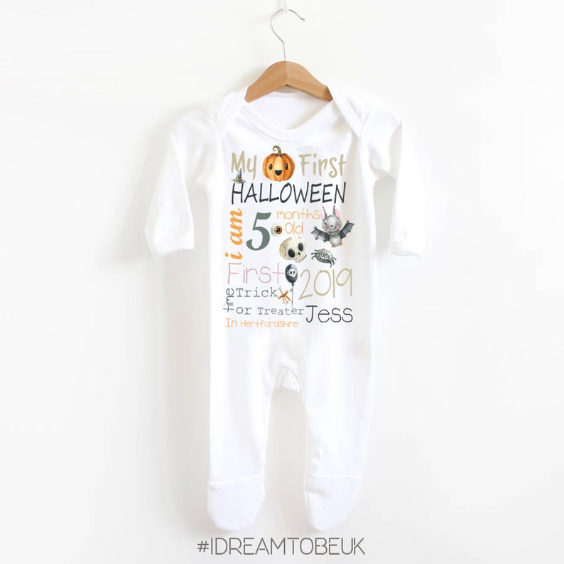 Bat personalised 1st Halloween baby,my first Halloween Pumpkin My first Halloween T-shirt new baby gift baby shower Trick or Treat