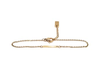 Bracelet chain gold crimped bar with a rhinestone