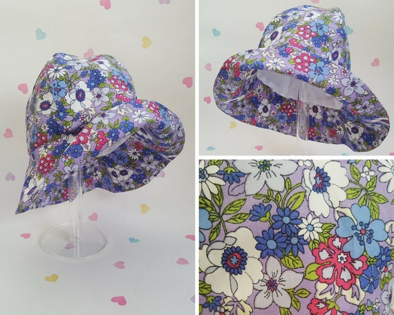 Ladies Lilac//Grey Floral Pattern Hat