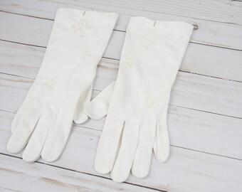 Vintage Gloves - Cream Vintage Gloves - Flower Detail Gloves - Gloves - Cream Gloves - Vintage Women's Gloves