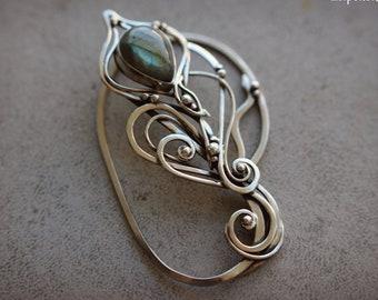 Wrapped nickel silver ear cuff Beauty gift Dainty fairy ear cuff Elf labradorite wire wrapped jewelry Elf fantasy inspired jewelry Cuff wrap