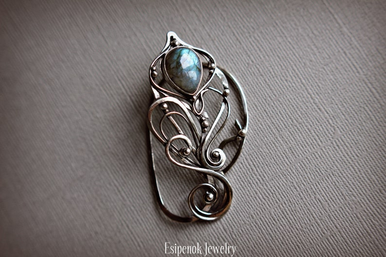 Wrapped nickel silver ear cuff Beauty gift Dainty fairy ear image 0