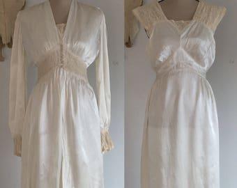 Vintage 1930's Peignoir Set   Ivory Rayon Satin & Ecru Lace   Bridal Lingerie   Size XSM
