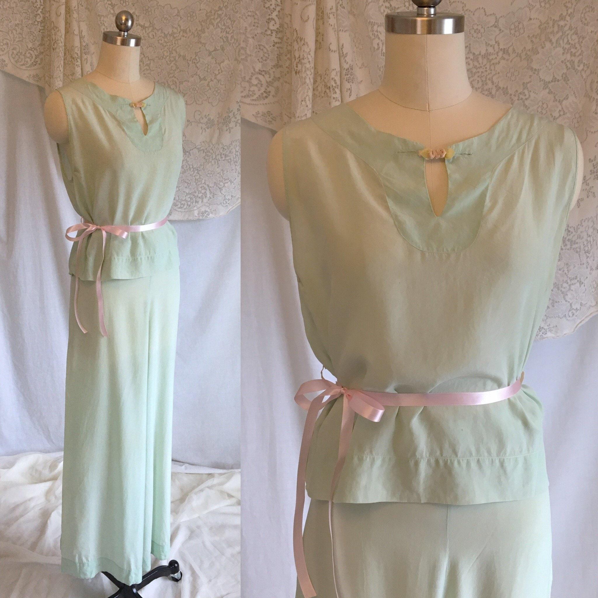 Vintage 1930 s Beach Pajama Set Mint Green Silk Crepe de  74695bf11