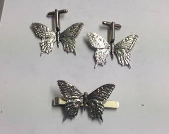 Dragonfly c3 On A Pair of Cufflinks With A Tie Slide Set Made From English Modern Pewter