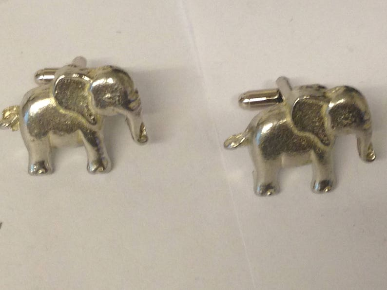Cute Elephant GT72 Pair of Cufflinks Made From Fine English Modern Pewter