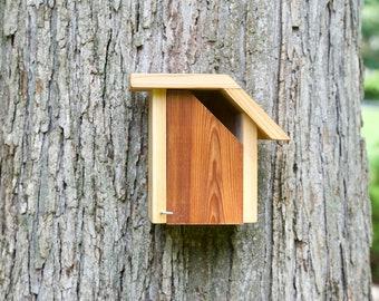 House Wren - Cedar bird house