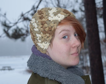 The Katie Hat pattern for teen/adult size