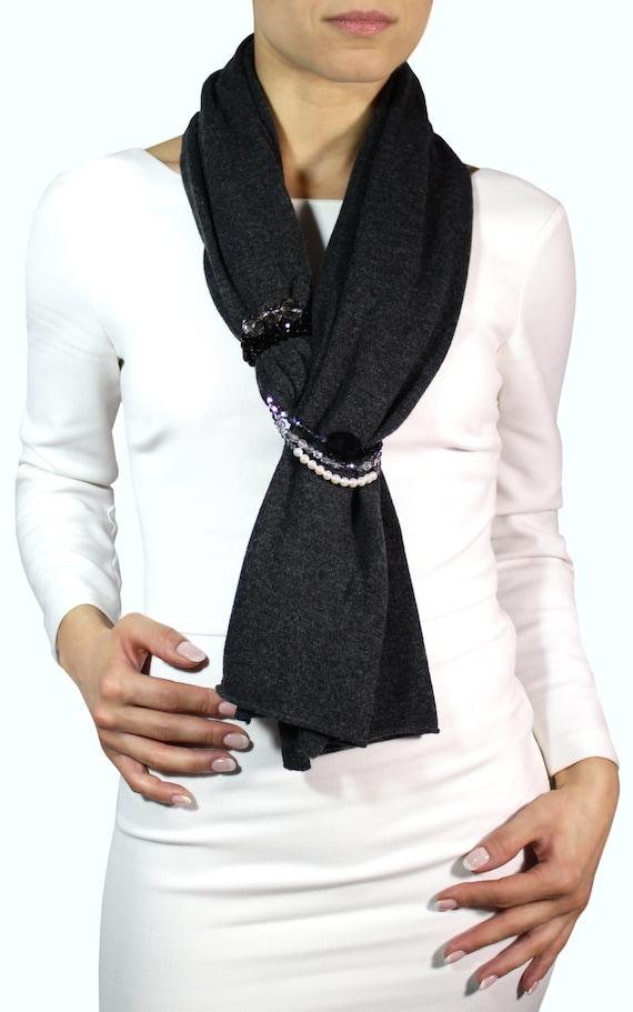 nuova collezione 9db5f 714b6 sciarpa cashmere, sciarpa grigia, sciarpa gioiello, accessori moda, donna  elegante, sciarpa elegante, stola elegante, stola cashmire sera