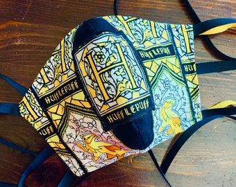 Harry Potter Mask with Filter Pocket House Hufflepuff - PM 2.5 filter included - Hufflepuff Mask - No Center Mask Seam