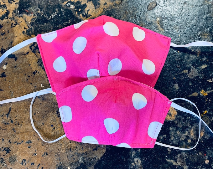 PM2.5 filter included - Pink with White Polka Dots Mask with Filter Pocket- No Center Mask Seam