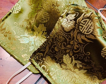 Chinese Gold and Green Mask with Filter Pocket - 3 Layers - PM2.5 filter included