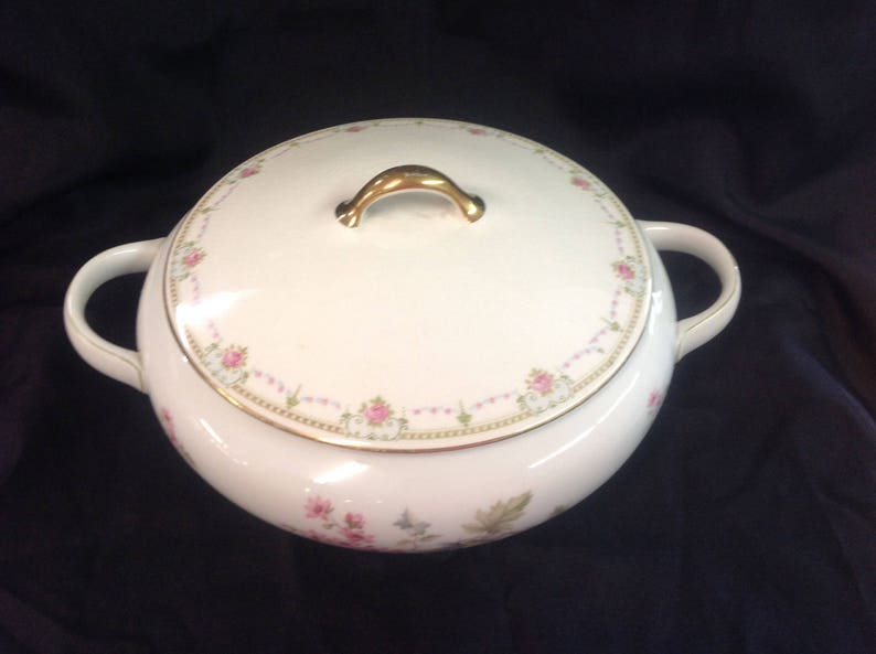 Hutschenreuther Selb Bavaria Germany Covered Vegetable Bowl