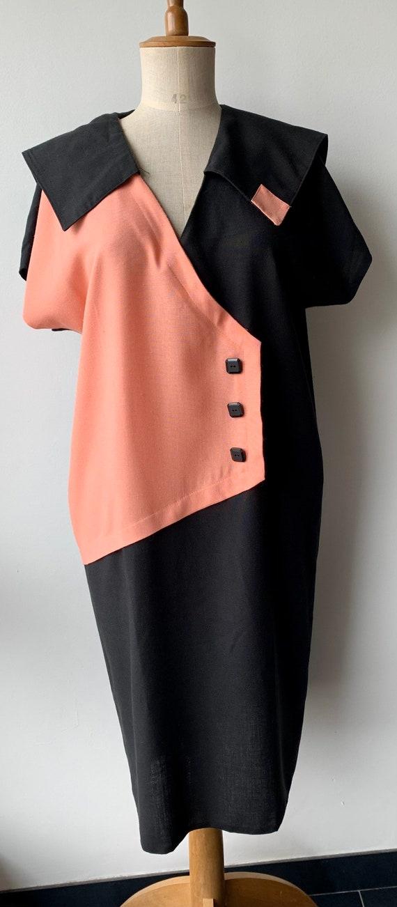 Bulls Eye 1980s Very Vollbracht Orange and Black Color Block Dress