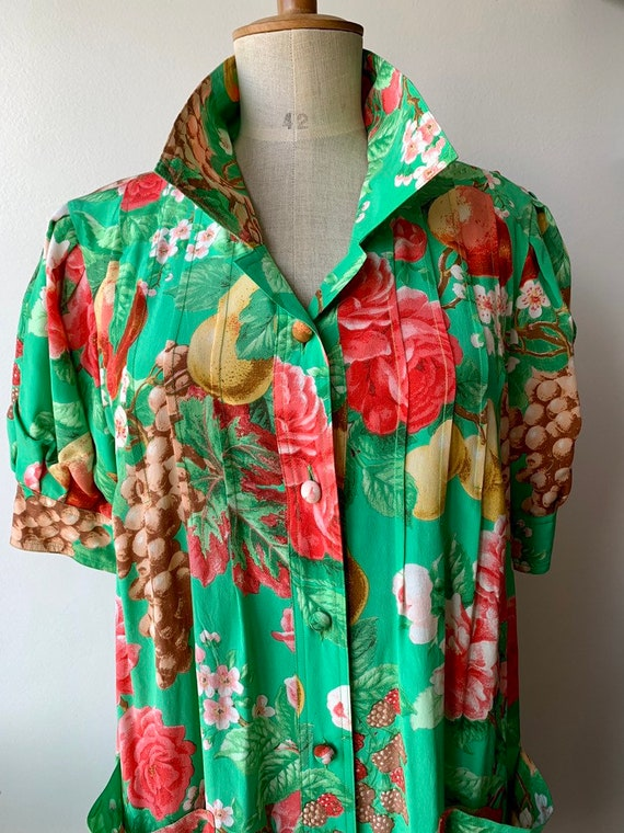 80s Floral green silk shift dress with short-slee… - image 6