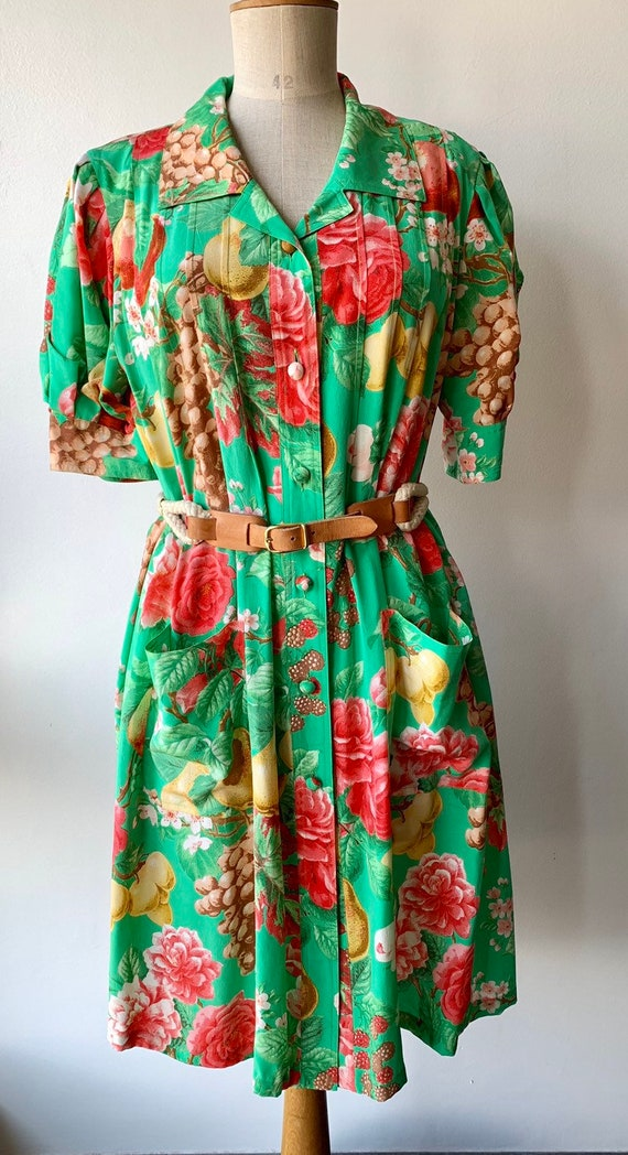 80s Floral green silk shift dress with short-slee… - image 9