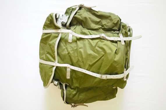 Vintage Swedish Military/Army Green Rucksack Exter