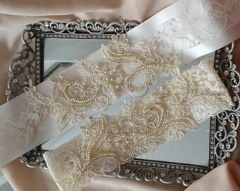 Lace Wedding Belt - Lace Bridal Belt - Lace Wedding Sash - Lace Bridal Sash - Lace Wedding and Garter Set - Lace Bridal and Garter Set