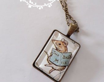 Mouse pendant necklace