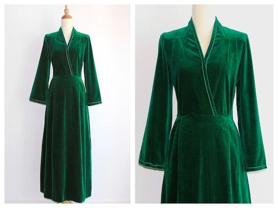 1970s Pine Green Silk Velvet Gown