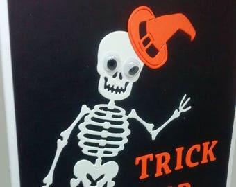 "Handmade Card Happy Halloween Friendly Skeleton 5""x7"""