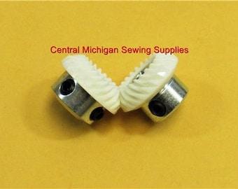 Singer Angled Hook Gear Set Fits Models 507, 509, 513, 514, 518, 522, 527, 533, 534, 538, 543