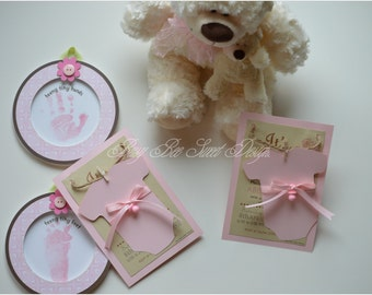 Baby Girl Shower / It's a Girl Invitations / Cute Baby Girl