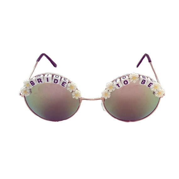BRIDE <3 TO BE Daisy Round Pink/ Turquoise Hen Party Festival Sunglasses - Custom Designs Available