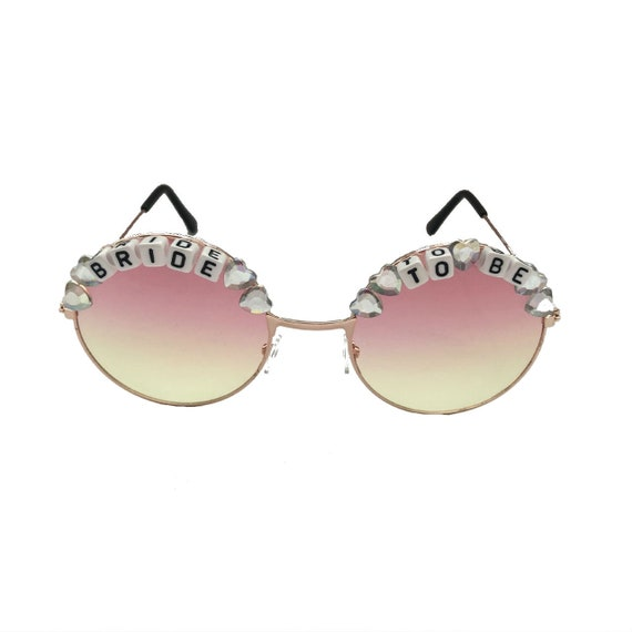 BRIDE <3 TO BE Iridescent Heart Round Tint Hen Party Festival Sunglasses - Custom Designs Available
