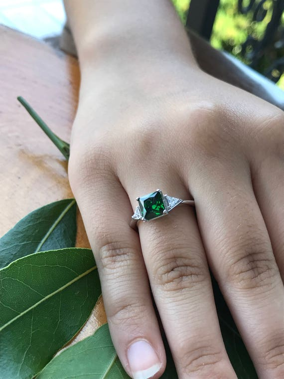 Hand Carved Princess Green Emerald Band Ring Women Jewelry 14K Rose Gold Plated