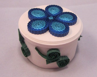 Crimped Flower Paper Quilled Box