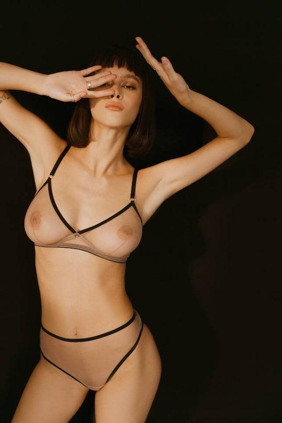 Jennifer connlley nude