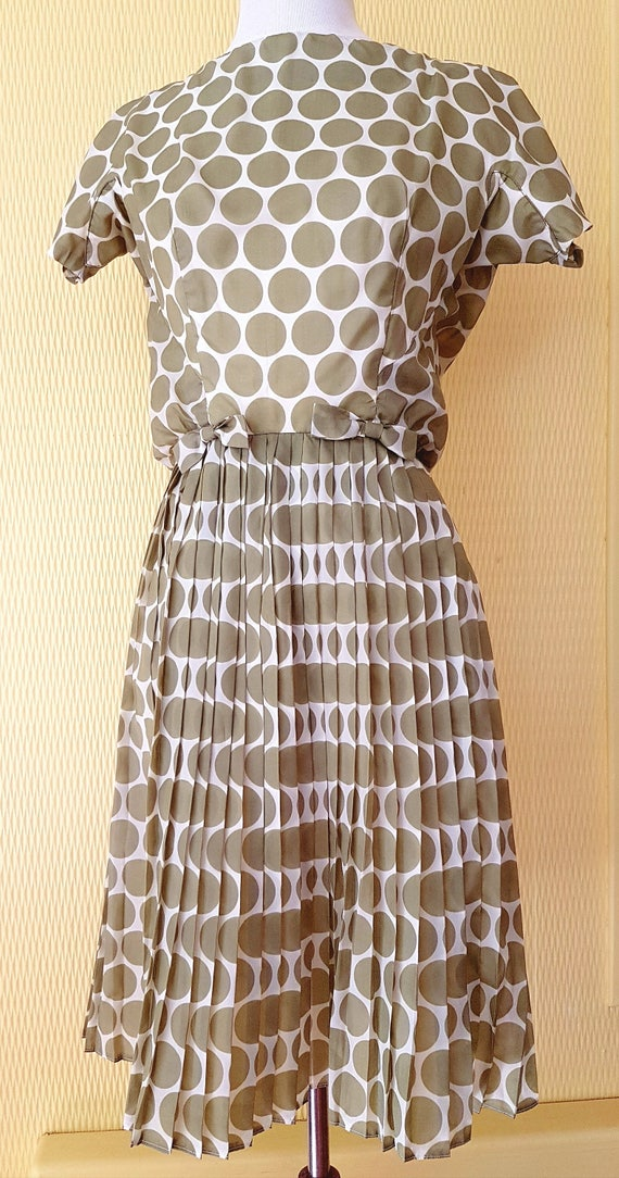 Gorgeous Olive Green and White Polka Dot 1950s Wom